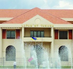 Hôtel de ville - Hajo Andrianainarivelo démonte le mensonge de Marc Ravalomanana