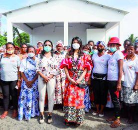 Mialy Rajoelina à Mahajanga - Un débarcadère pour l'association des femmes de pêcheurs