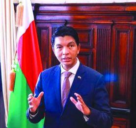 Révision contrats Jirama – Baisse du prix  des carburants - Le Président Andry Rajoelina inflexible